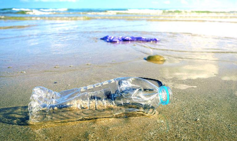 Protección del medio ambiente con Agua en Caja