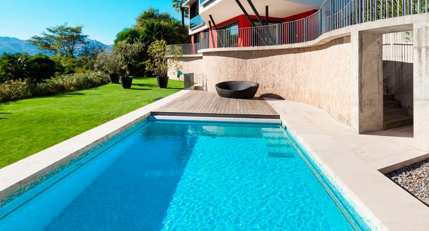 Diferentes materiales para tu futura piscina