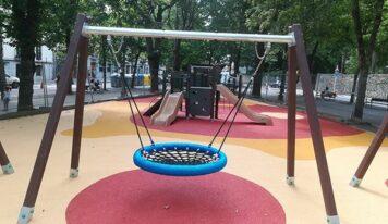 Jolas ha utilizado 350.000 kilos de plástico reciclado en parques infantiles