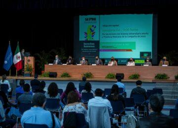 Recibe el Premio Tata Vasco, el Centro Fray Julián Garcés Derechos Humanos y Desarrollo Local, A.C